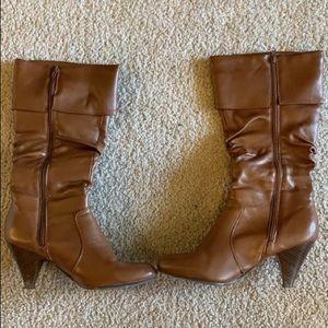 Brown heel boots size 9